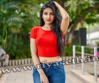 Call Girls in Delhi